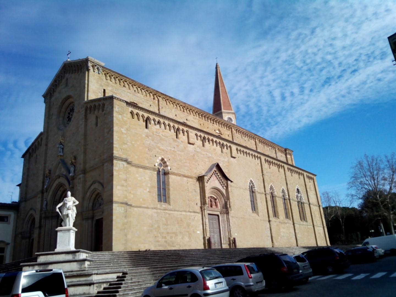 Passeggiata in centro ad Arezzo:Foto del Duomo di Arezzo