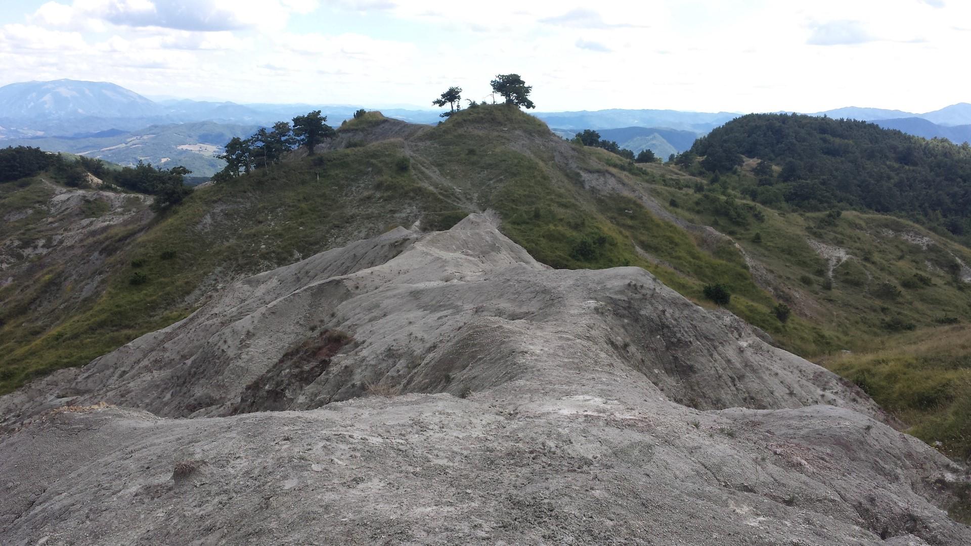 Calanchi di pietra grigia