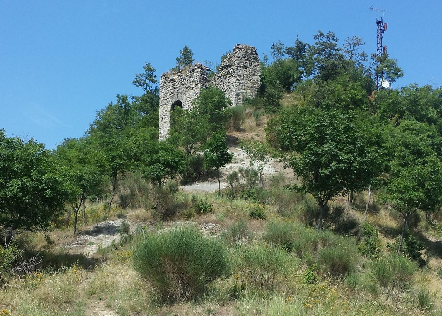 Ruderi del castello di Corniolo - San Paolo in Alpe, Casentino