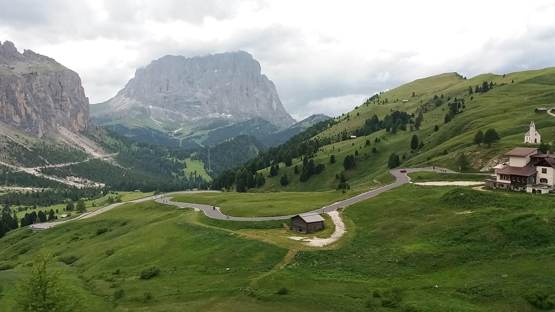 Visuale dal Passo Gardena, Corvara