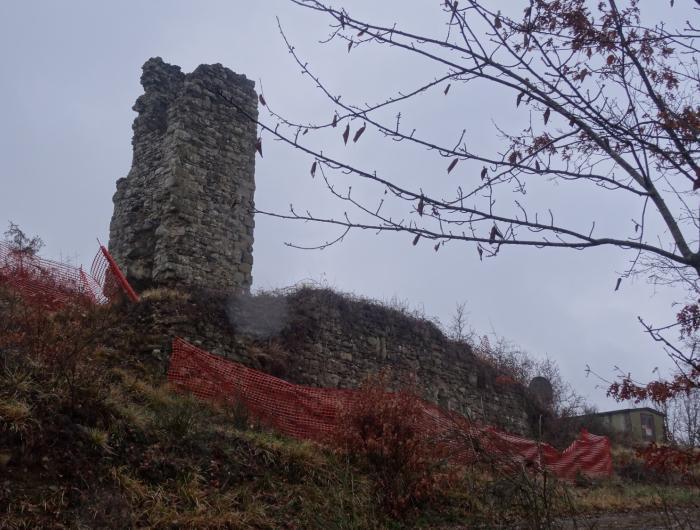 Castello di Belfiore: Vecchie Vie escursioni trekking casentino Arezzo