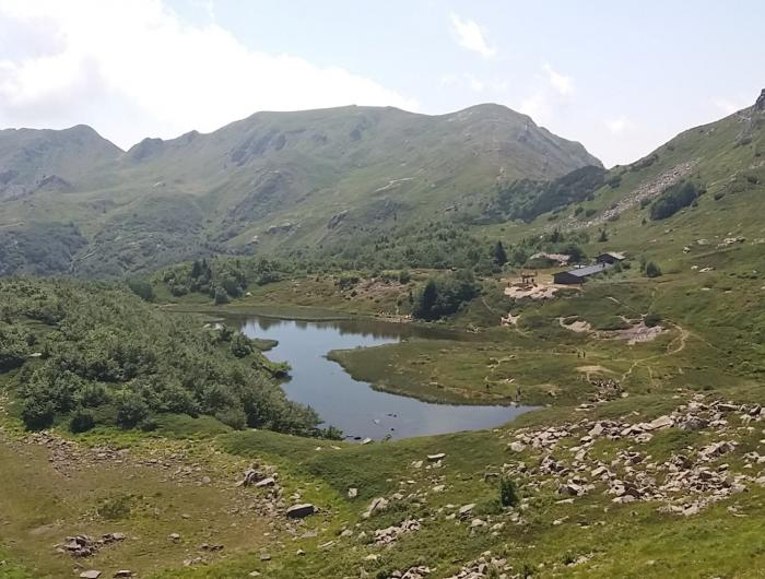 Il lago nero sotto l'alpe tre potenze all'Abetone