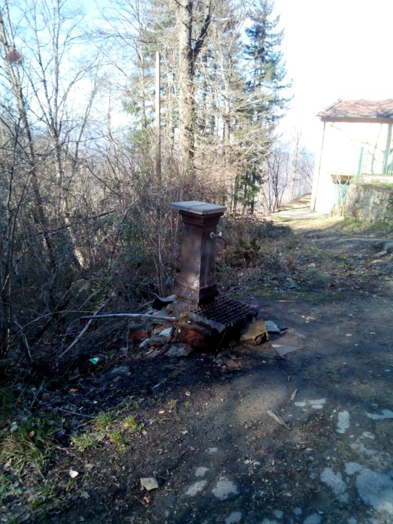 Fontana di Poti sul sentiero 533